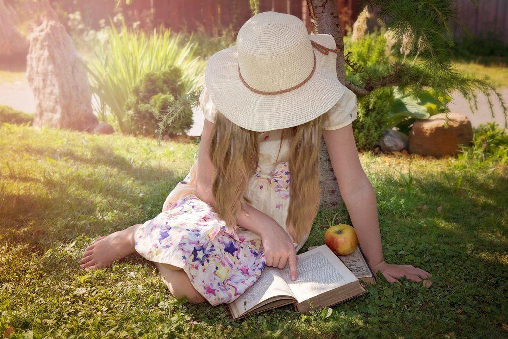 Einfacher lesen lernen durch Vorläufer-Fähigkeiten für Eltern und Familien